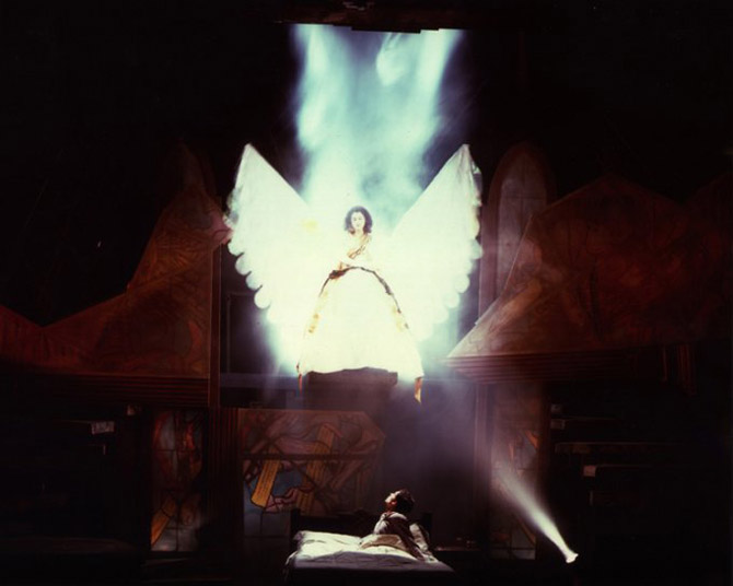 Angels-in-America---1